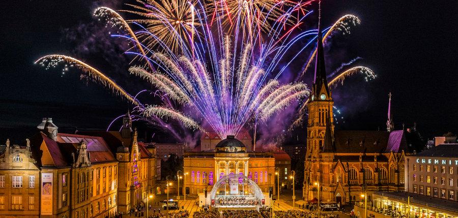Bildergebnis fr Bilder Neujahr 2020 Chemnitz